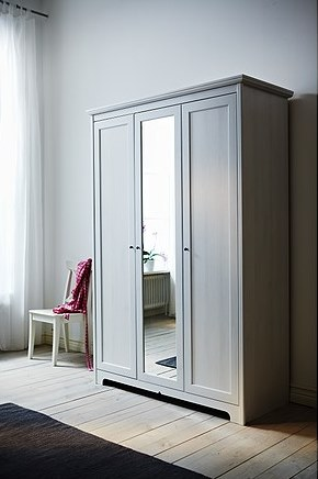 Aspelund Garderobekast Met 3 Deuren.Kledingkast Met Spiegel Ikea Huis Galerij
